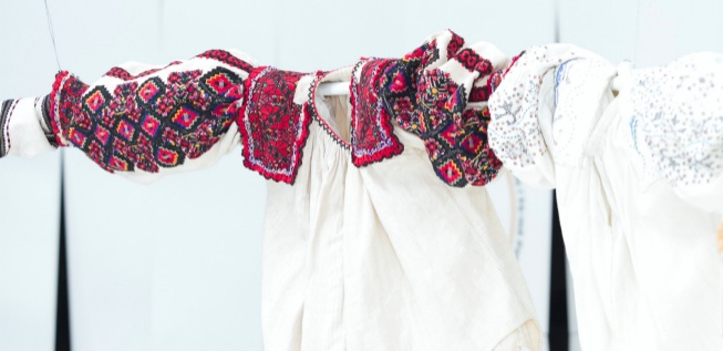 'M�iastra - The Untold Story of the Romanian Blouse'