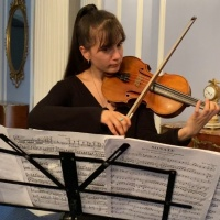 Violinist Maria Gîlicel and pianist Craig White in RCI London's Musical Summer Series