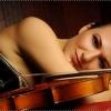 Violonista Alda Dizdari, expertă a partiturilor încărcate de nostalgie, în Seria Concertelor Enescu