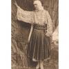 The Body Adorned: Costume populare româneşti, inspirate din stilul Reginei Maria, expuse la Londra