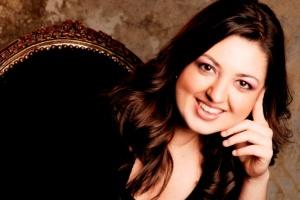 Charismatic pianist Alexandra Dăriescu opens the 2012/2013 Enescu Concert Series