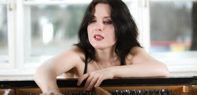 Effervescent Pianist Raluca Stirbat on London Tour
