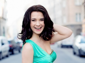 Dashing Soprano Laura Nicorescu at St Martin-in-the-Fields and St James's Piccadilly