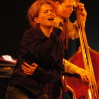 Maria Raducanu reinterprets Romania's musical heritage