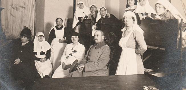 War, Feminine: Women and the Great War